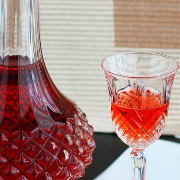 Рецепт приготовления вина из варенья